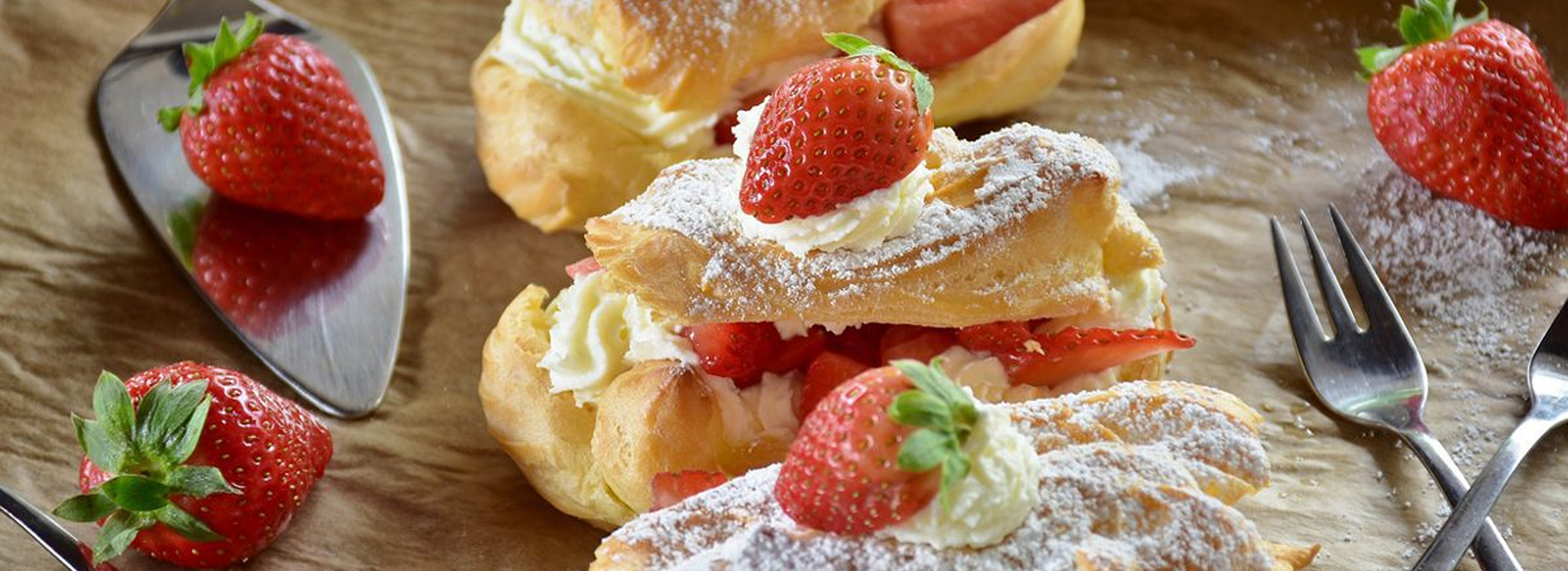 Erdbeer-Eclairs